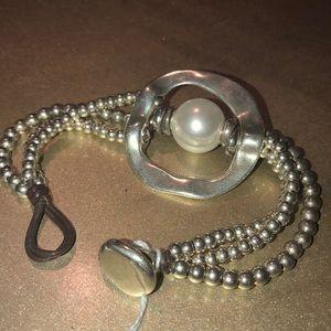 Uno de 50 Pearl & Silver bracelet